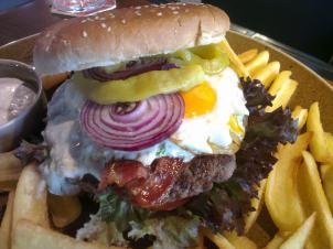 Speciality - Burgery, cheeseburgery, hamburgery