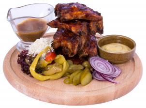 Žebra – vepřová, hovězí pečená i grilovaná a výtečně marinov